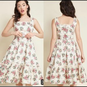 Collectif X Modcloth Frida 50s Floral Swing Dress